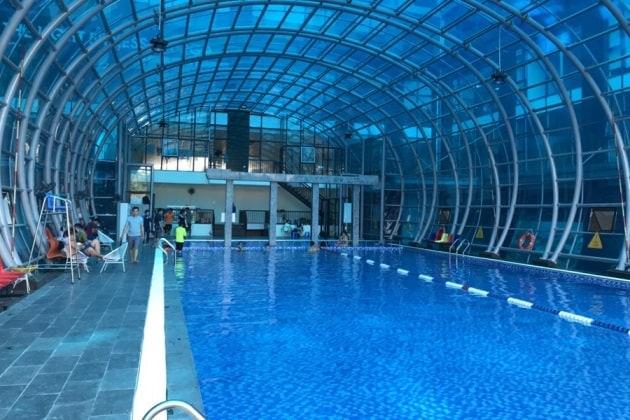 Bể bơi bốn mùa Việt Đức