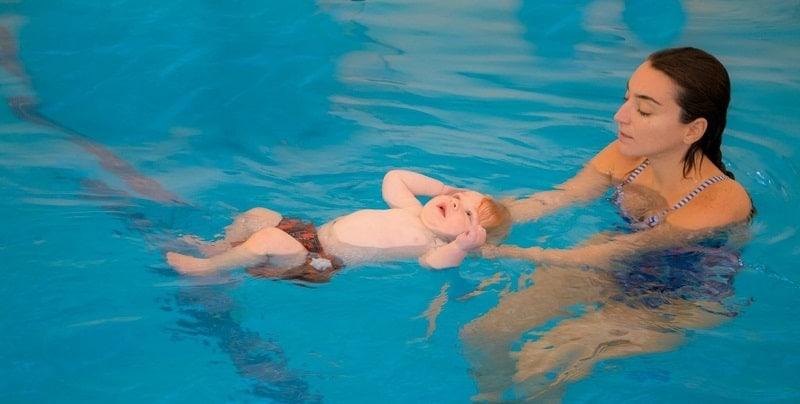 Bơi lội giúp phát triển toàn diện
