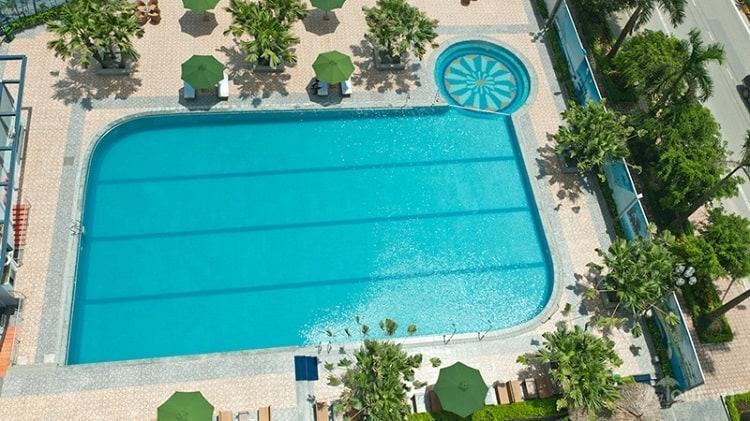 Bể bơi Khách sạn Mường Thanh