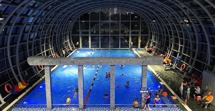 Bể bơi trong nhà Việt Đức Complex