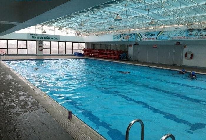 Bể bơi trong nhà Trương Định