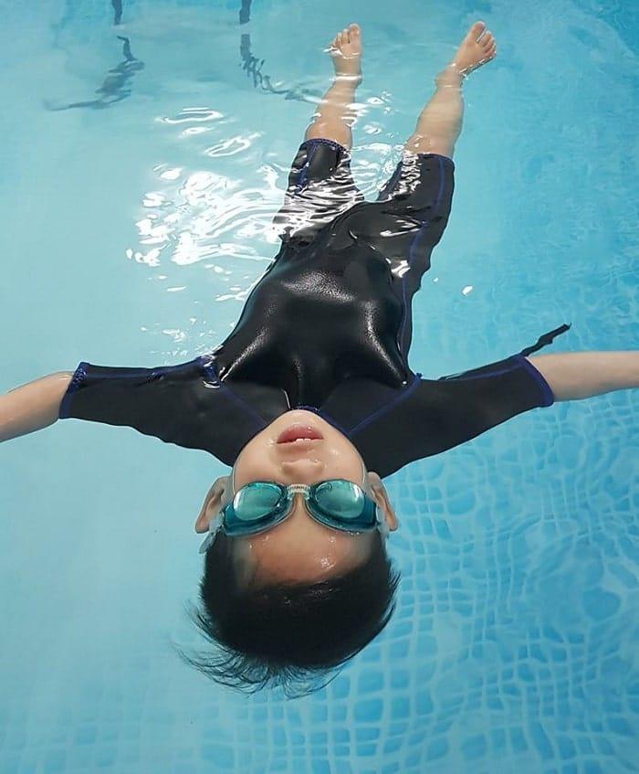 Trung tâm học bơi Golden Fish