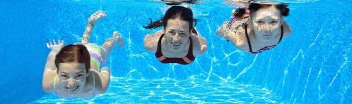 Lớp học bơi của thầy Tâm