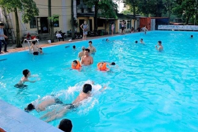 bể bơi cầu giấy
