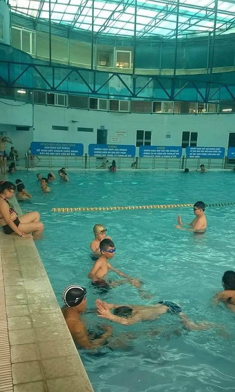 bể bơi định công