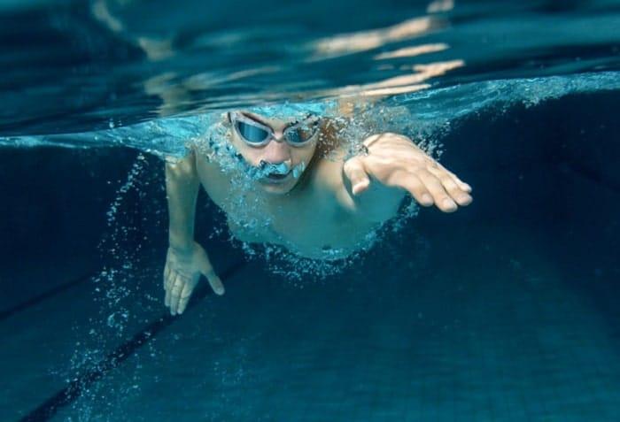 kỹ thuật thở trong bơi ếch