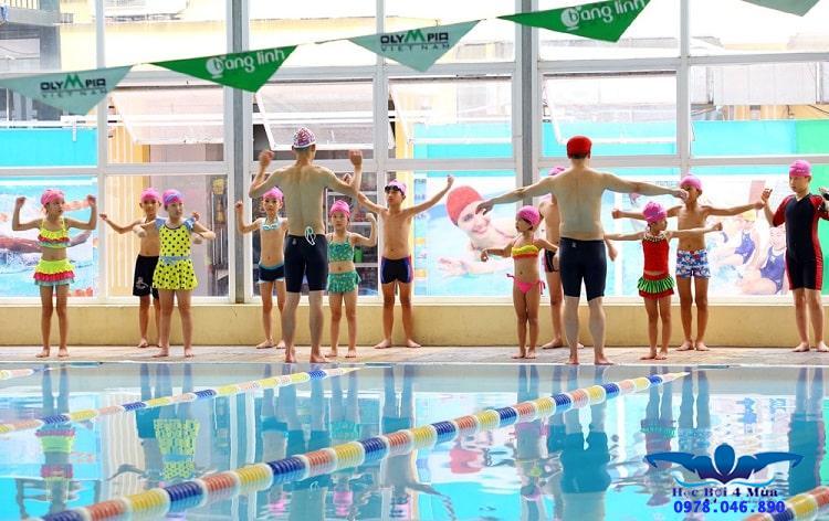 Khởi động trước khi bơi