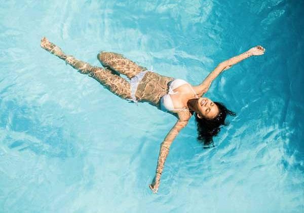 Hướng dẫn cách nổi trên mặt nước khi bơi